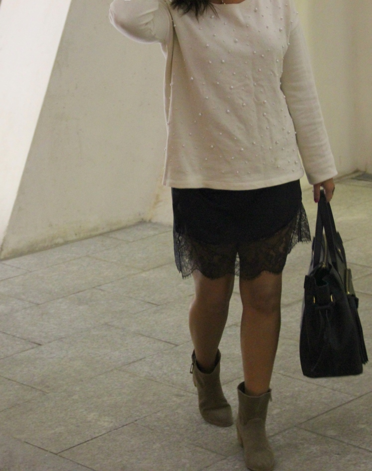 lace dress & sweatshirt