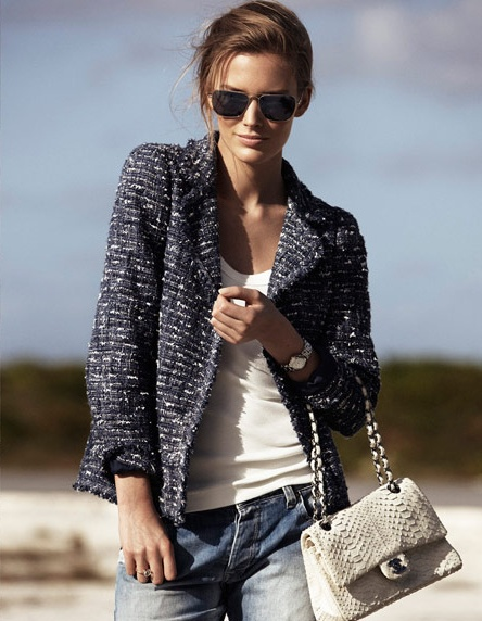 casual-chic-tweed-jacket