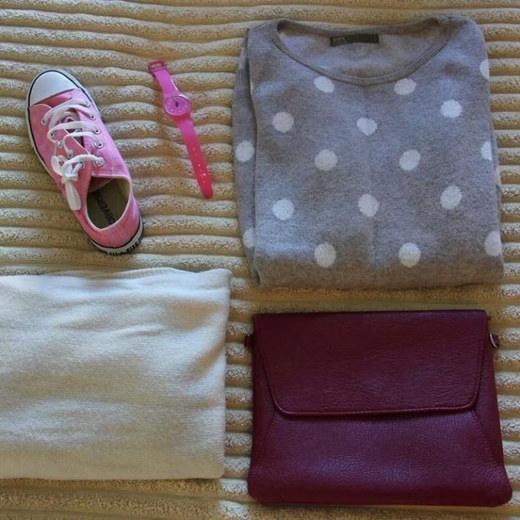 polka dot grey and white jumper, pink converse