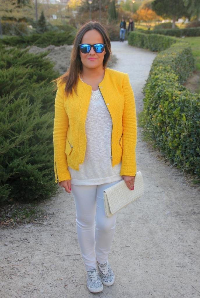 chaqueta amarilla de tweed