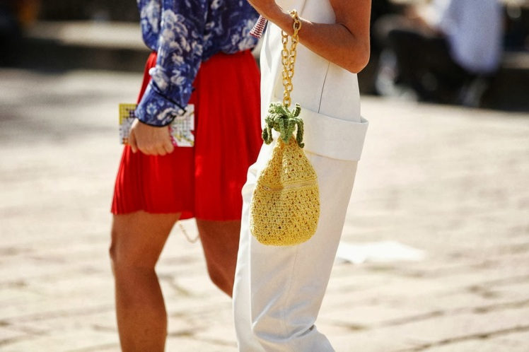 street_style__fashion_week_septiembre_2013_pinnapple-blog-rubia-mala-moda-trend-tendencia-anana-2014(1)