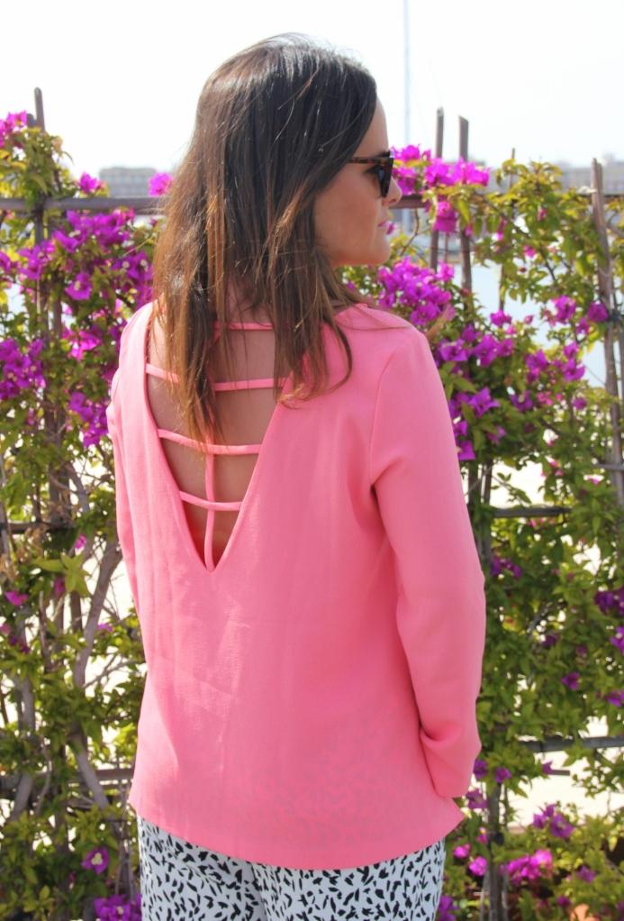 blusa coral espalda tiras