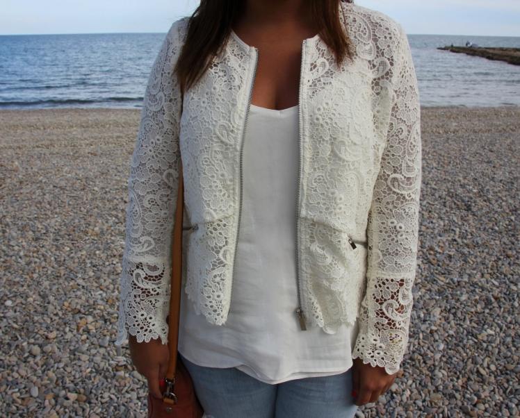 chaqueta crochet blanca zara