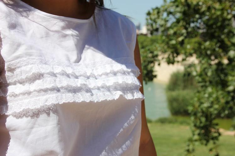blusa blanca puntilla
