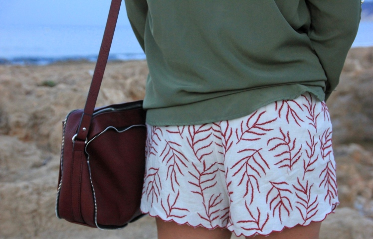 bolso granate_Burgundy bag_Shorts burdeos