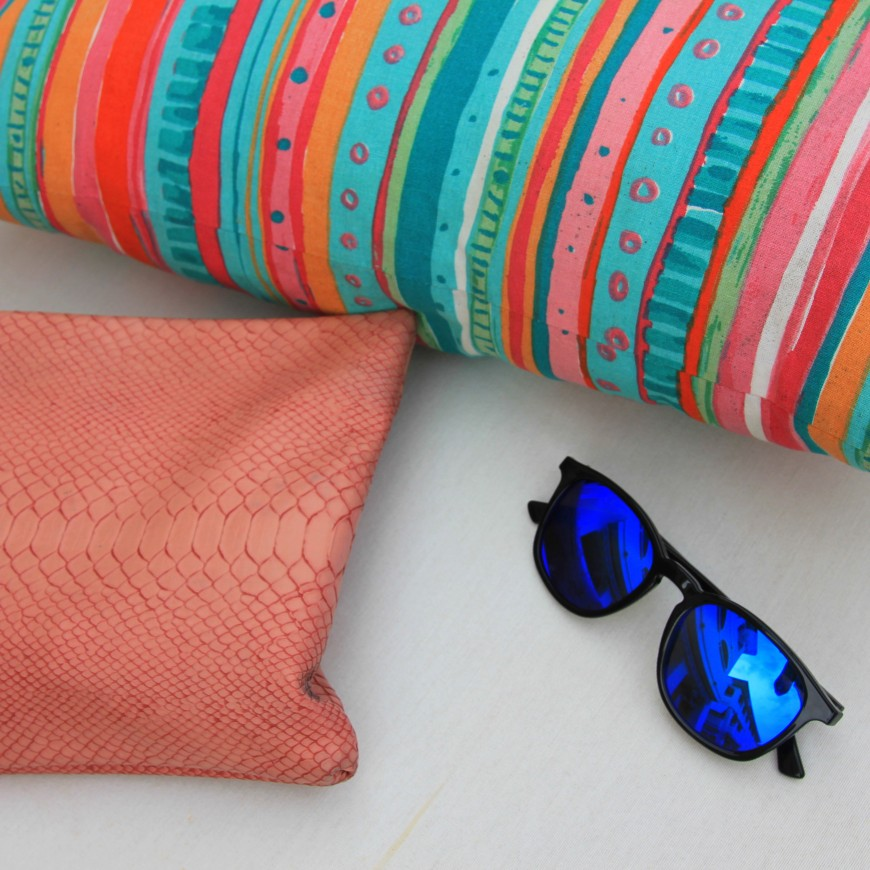 mirrored sunglasses_snake print bag