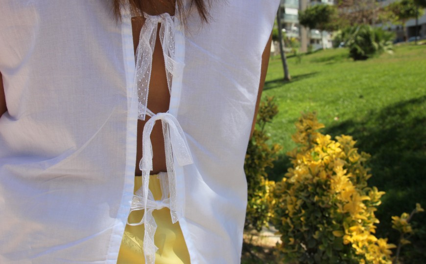 open back white shirt bow_blusa lazos espalda