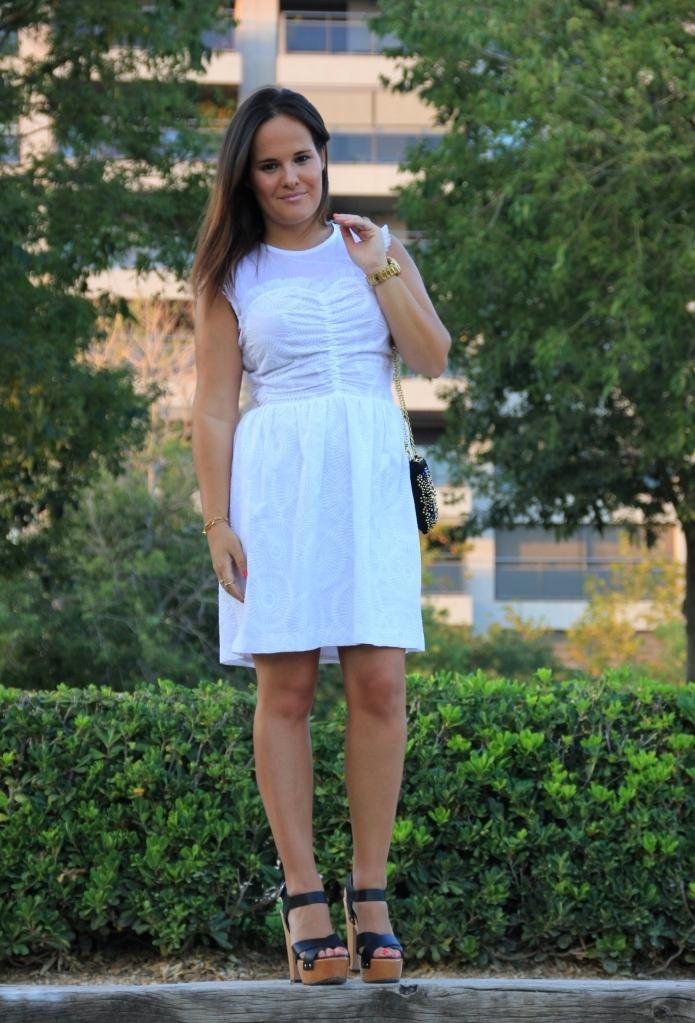 vestido blanco corto verano