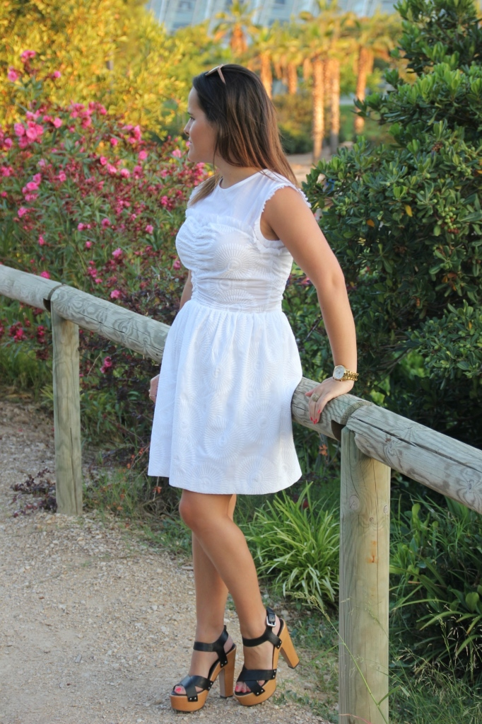 LWD_white little dress