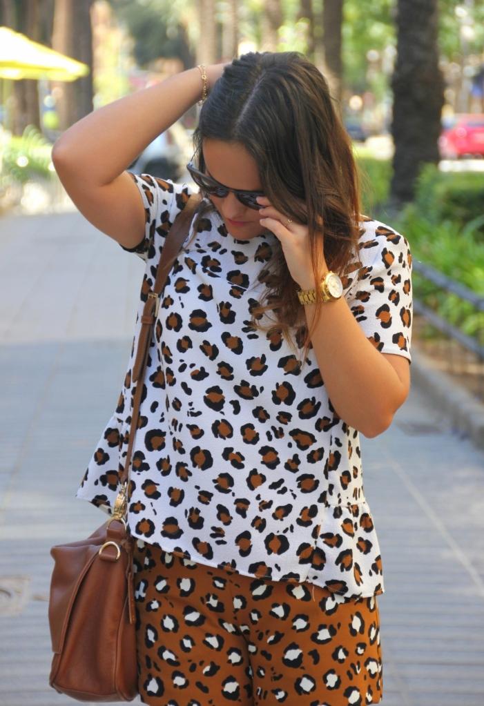bermudas leopardo animal print zara