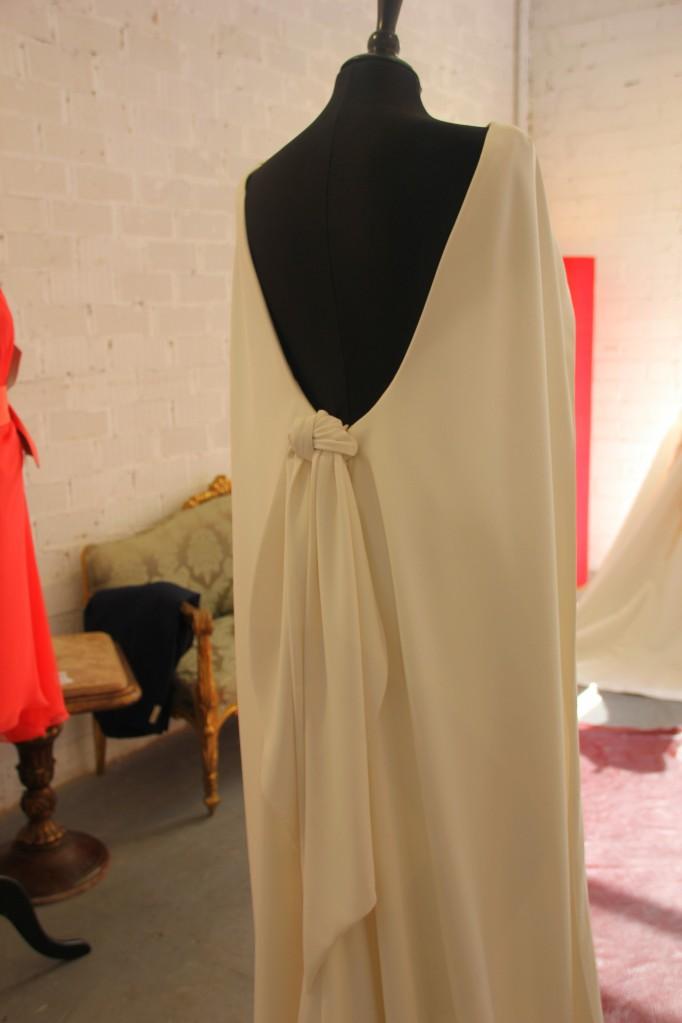 vestido de novia nudo espalda