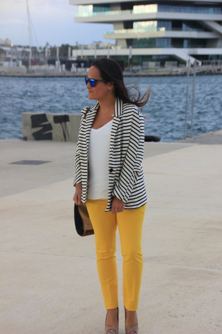 n.look marinero y amarillo